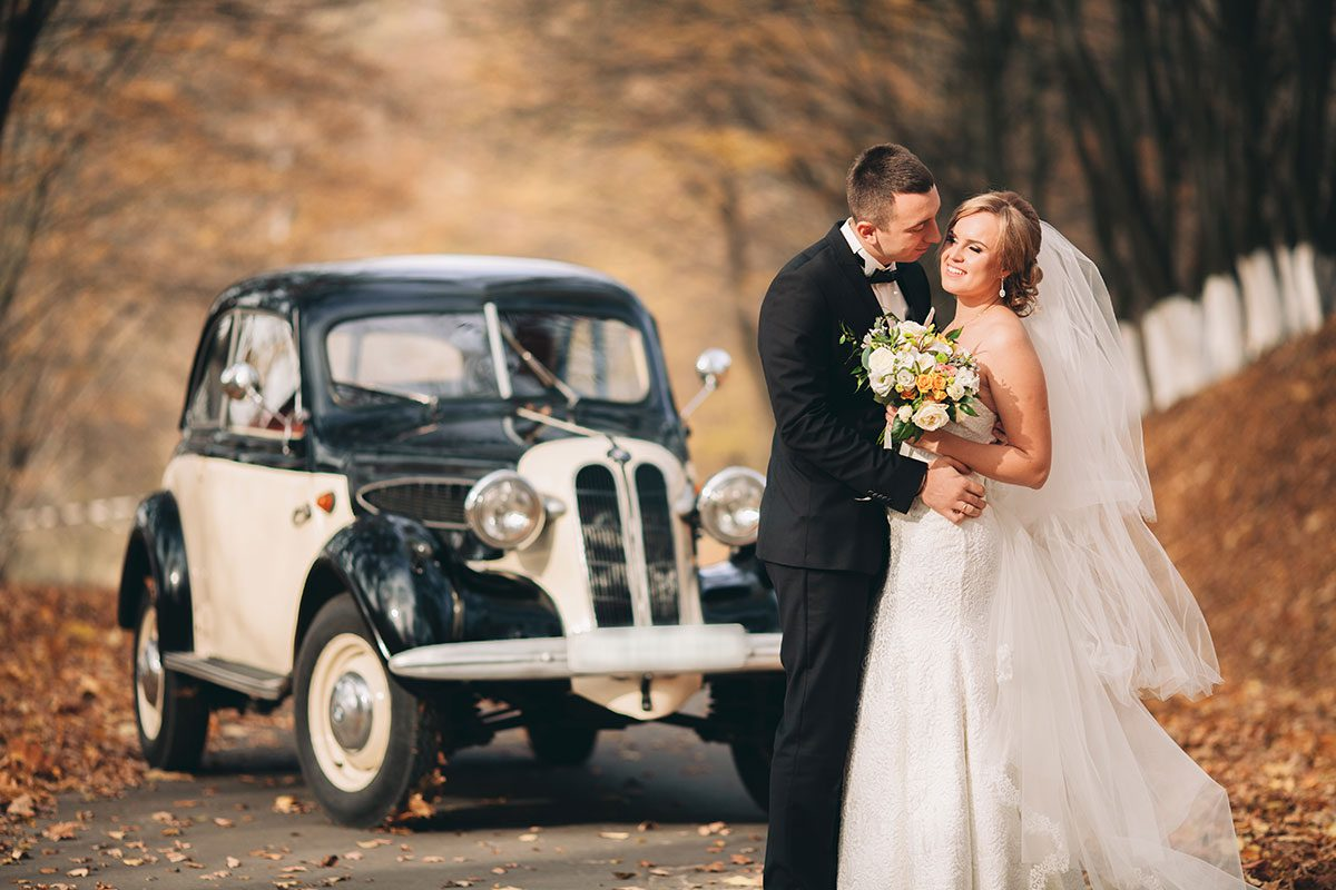 Classic Car getaway for bride and groom