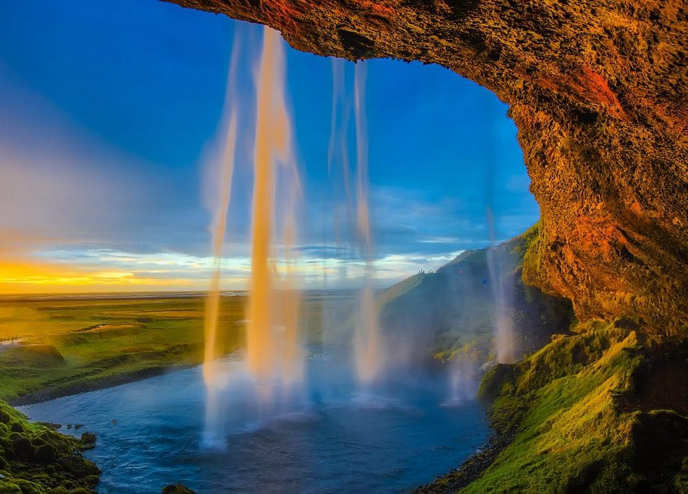 Get engaged in Iceland