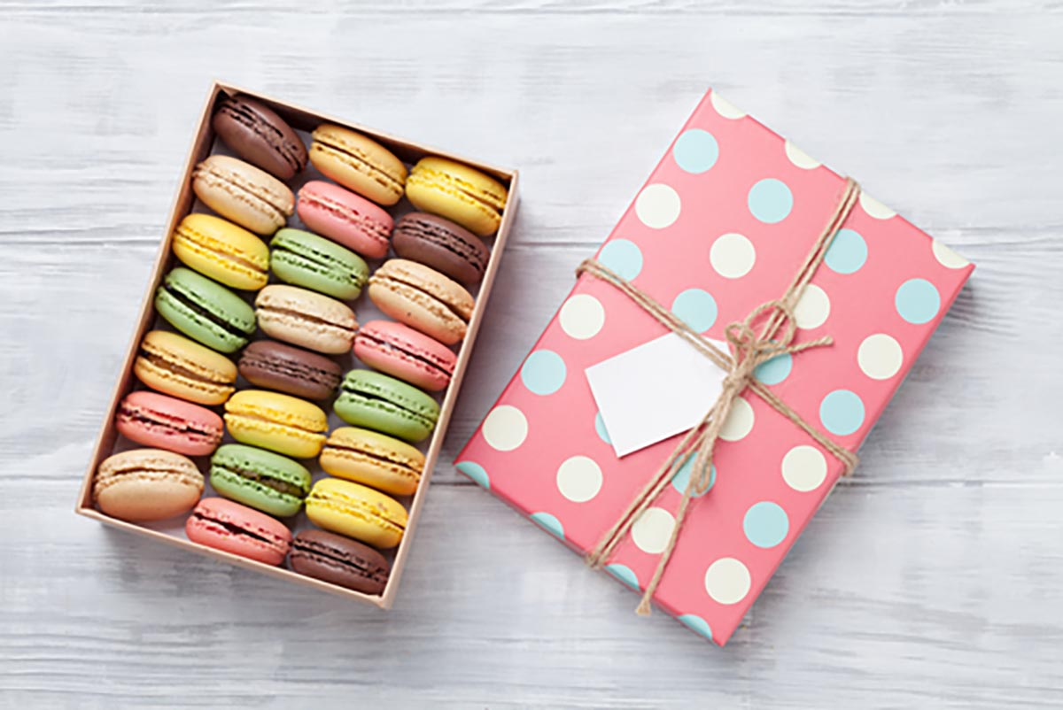 Pastel Macaroons for wedding gifts