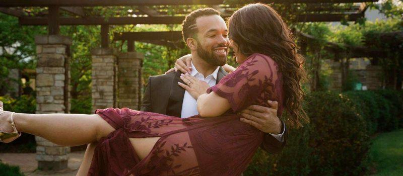 Engagement photos, beautiful attire, outdoors